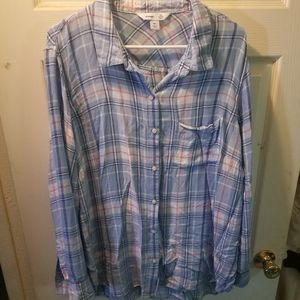 SALE 5 FOR $20 Blue and pink plaid shirt